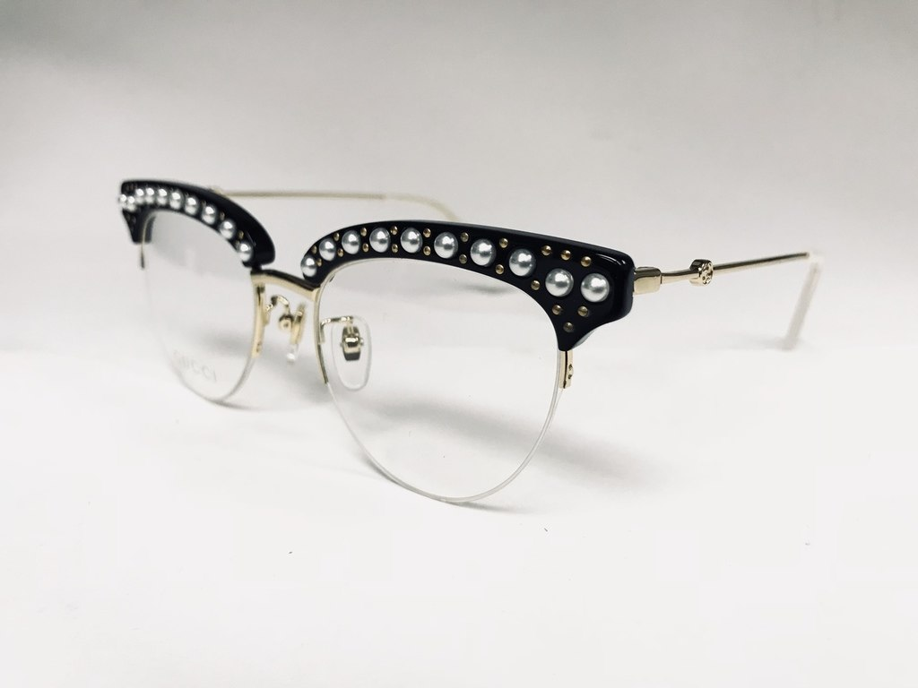 4574dc1fdd21 Black Gucci Cat Eye Optical Frame